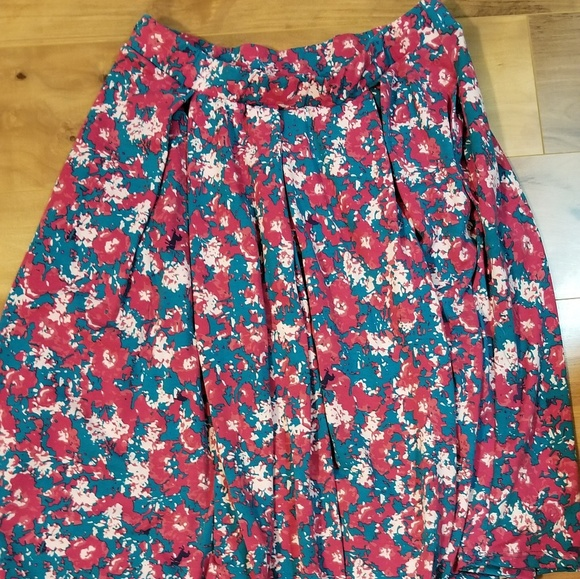 LuLaRoe Dresses & Skirts - lularoe skirt